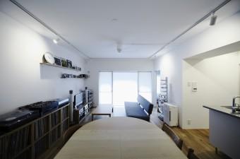 天井/スケルトンに塗装・壁/ 壁を作って塗装