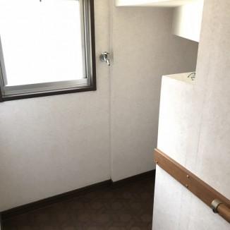 8.階段下収納